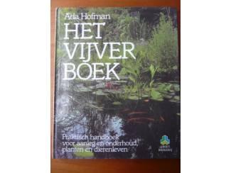 Het vijverboek - Ada Hofman