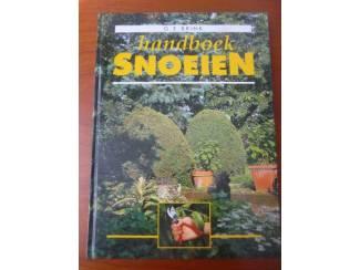 Handboek snoeien - G.E. Brink