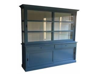 Blauwe buffetkast met witte binnenkant 240 x 220cm