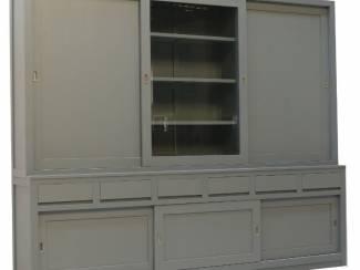 Buffetkast Design dichte zijdeuren grijs 300 x 250cm