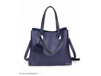 Donker blauwe handtas van het merk Giuliano nu voor 34,99