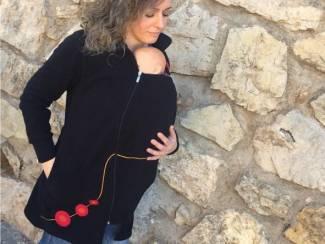 Fleece draagjas lekker warm je baby dragen op Allesmama.nl