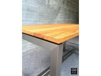 Tafels Moderne maatwerk bartafel, rvs poten met verschillende houtsoorte