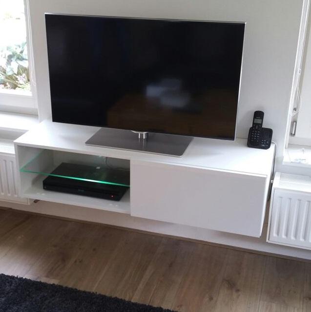 ACTIE Modern zwevend tv-meubel 120 cm zwart of wit NU 99 NIEUW : Kasten en  Dressoirs