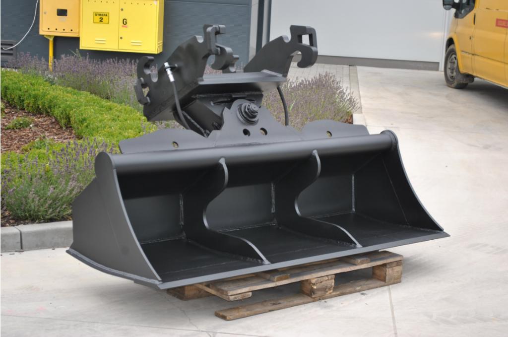 Slotenbak hydro 2 cilinders NIEUW. Diverse bakken en uitrusting g
