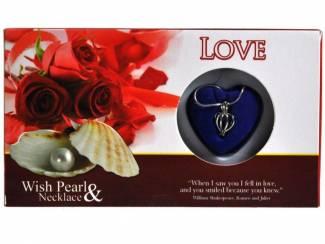 UNIEK GIFT LOVE PEARL LOVE ROOD IN PRACHTIGE VERPAKKING