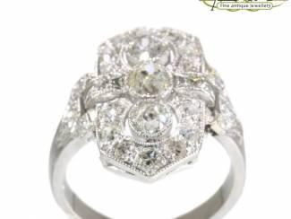 Prachtige antieke diamanten verlovingsringen