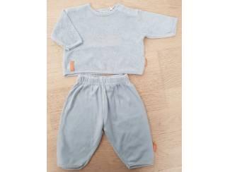 Lichtblauw pyjamaatje 56 (n418)