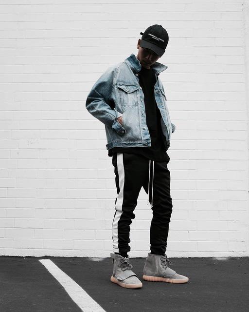 Te Koop Kleding.Kleding Streetwear Fashion Webshop Website Met Omzet Te Koop