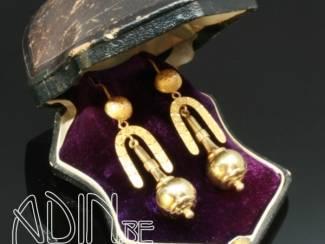 Retro juwelen aan lage prijzen in Antwerpen