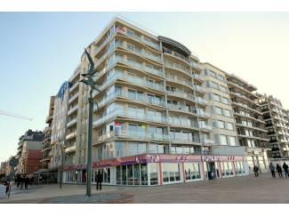 Vakantiehuizen | Benelux De Panne : Appartement midden op de Zeedijk