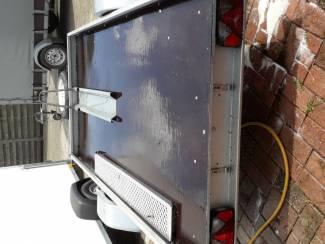 Aanhangwagens en Trailers moto trailer