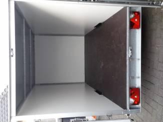 Aanhangwagens en Trailers gesloten aanhangwagen hulleman