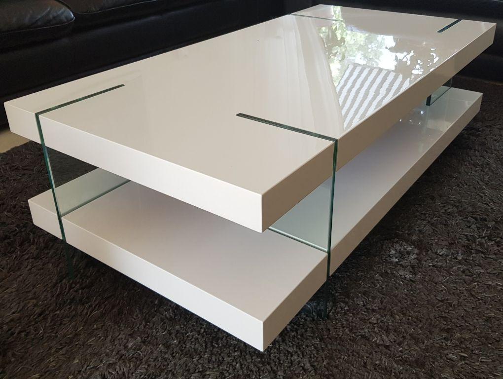 Salon Tafel Nieuw.Luxe Hoogglans Witte Design Salontafel Met Glazen Poten