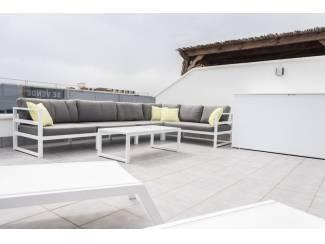 Buitenland Volledig luxe gemeubileerd appartement 700 meter van het strand