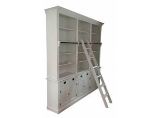 Boekenkast Kesteren wit wit 260 x 36 x 240cm incl. trap