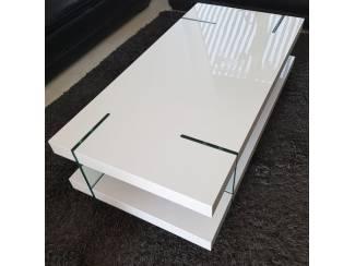 ACTIE Moderne hoogglans witte salontafel met glas NU 249,- NIEUW