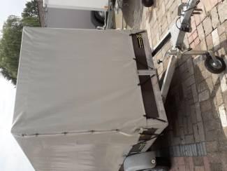 Aanhangwagen Roca met huif