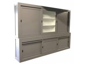 Buffetkast greeploos grijs dichte zijdeuren 300 x 220cm
