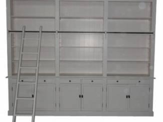 Boekenkast XL landelijk wit 300 x 240cm incl trap