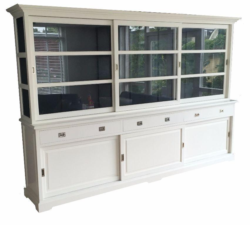 300cm grote white wash kast met schuifdeuren en zwarte binnenkant   Kasten en Dressoirs