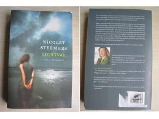 324 - Lichtval - Nicolet Steemers
