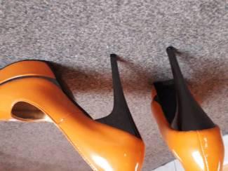 Schoenen oranje pumps