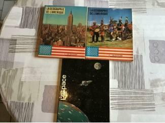 3 BOEKEN ;LA GEOGRAPHIE de L'AMERIQUE & L'ESPACE i/h FRANS