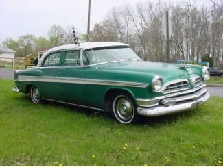 Chrysler New Yorker de Luxe 1955 V8