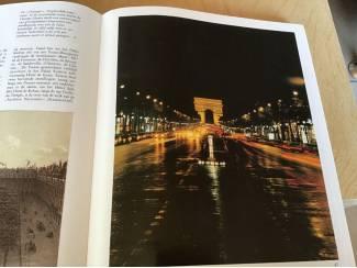 BOEK v.PARIJS met al zijn bezienswaardigheden of een trip plannen
