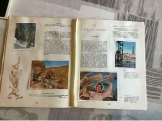 Overige 3 BOEKEN ; LA GEOGRAPHIE de L'AMERIQUE & de L'ESPACE