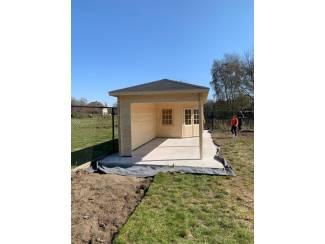 Tuinhuis-Blokhut Bertil met overkapping: 300+490x300cm