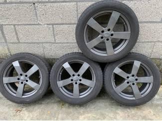 Lichtmetalen velgen Mercedes GLA + Winterbanden