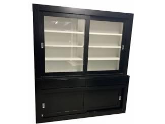 Zwarte design buffetkast binnenkant wit 200 x 220cm