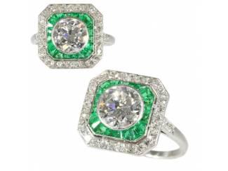 Vintage verlovingsring met sublieme smaragd.