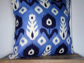 Kussenhoes Tulp Batik   Blauw   45 x 45 cm