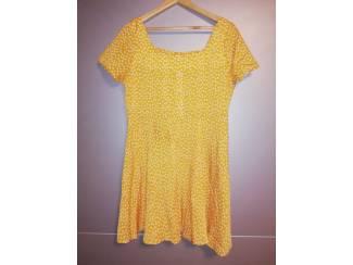 dames jurk geel stippen maat L