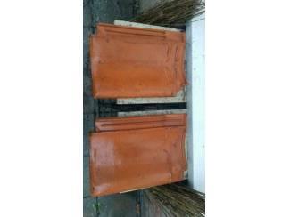 Materialen 1 tot 400 rode verbeterd Holle Dakpannen evt als steildakpan