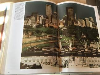 Australië ;Prachtig boek ,mooi en uitnemend natuur,op reis