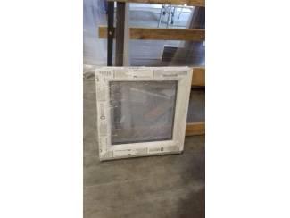 Vaste ramen in wit kunststof 500x500mm