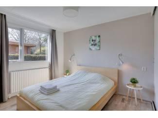 Vakantiehuizen | Benelux Cozy Tiny Chalet in bosrijk Harderwijk