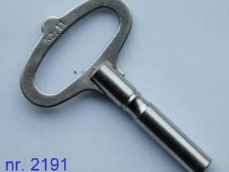 nr. 2191 staal / vernikkelde kloksleutel maat 1,75 - 7,00 mm.