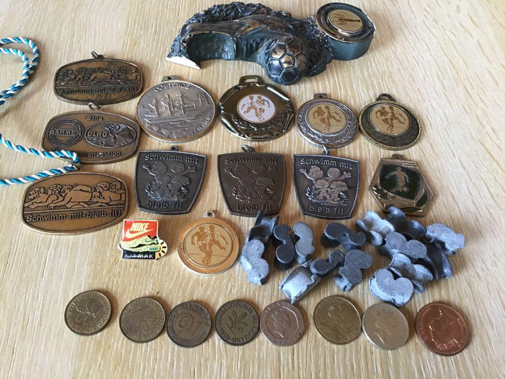 Medailles allerlei voor verzamelaars,muntstukken en pekkels