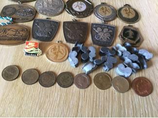 Overige Medailles allerlei voor verzamelaars,muntstukken en pekkels