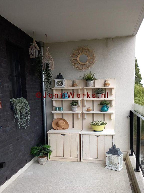 Steigerhout plantenkast met deurtjes en drie schappen