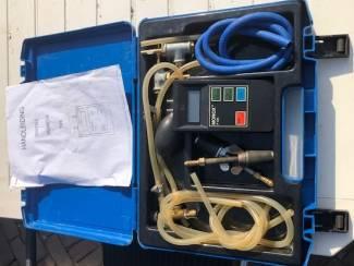 Overige Gas  druk/pers  Monox en Rend-0- 500  in 2 koffers z.g.a.n.